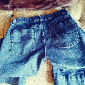 The Limited Jean, size 6; mid-rise